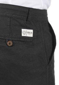 Solid - LORAS - Shorts - black - 5