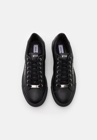 Steve Madden - OWEN - Sneakersy niskie - black - 3