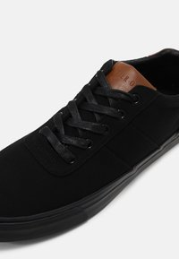 Pier One - UNISEX - Trainers - black - 6