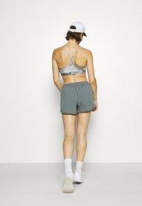 Nike Performance - Sports shorts - smoke grey/smoke grey/silver - 2