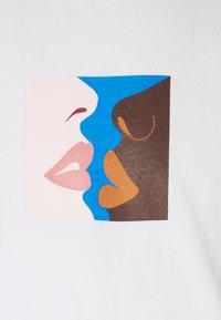 Obey Clothing - HERS - Camiseta estampada - white - 2