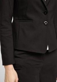 s.Oliver BLACK LABEL - Blazer - black - 4