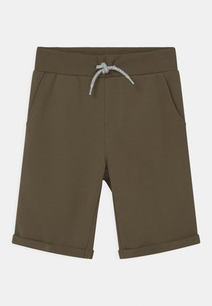 NKMVERMO - Shorts - ivy green