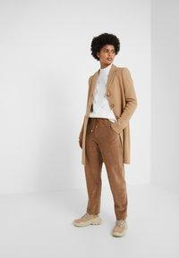STUDIO ID - KATIE COAT - Classic coat - camel - 1