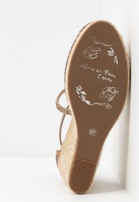 Alma en Pena - High heeled sandals - vison - 6