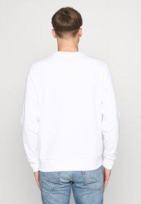 Calvin Klein - TONE LOGO  - Sweatshirt - white - 2