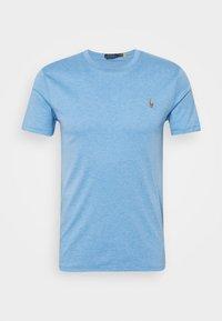 CUSTOM SLIM SOFT COTTON TEE - T-shirt basic - soft royal heather
