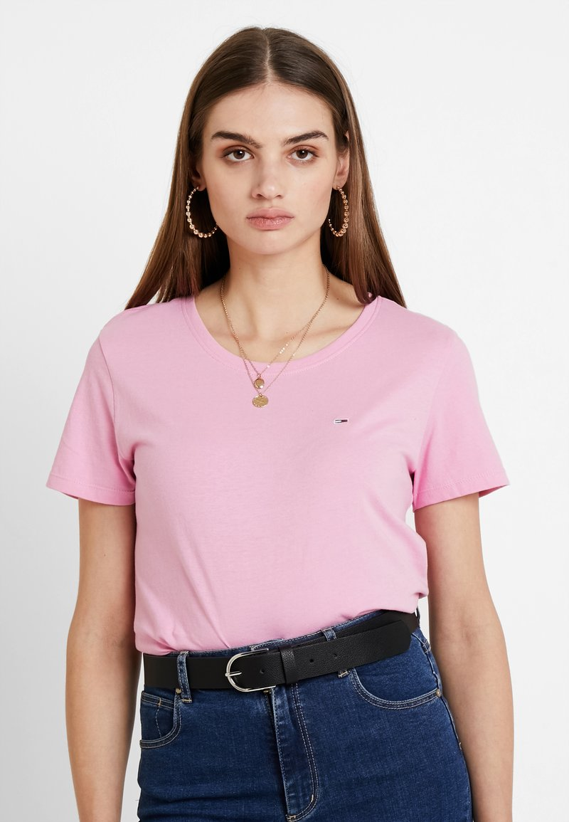 Tommy Jeans - SOFT TEE - Basic T-shirt - pink