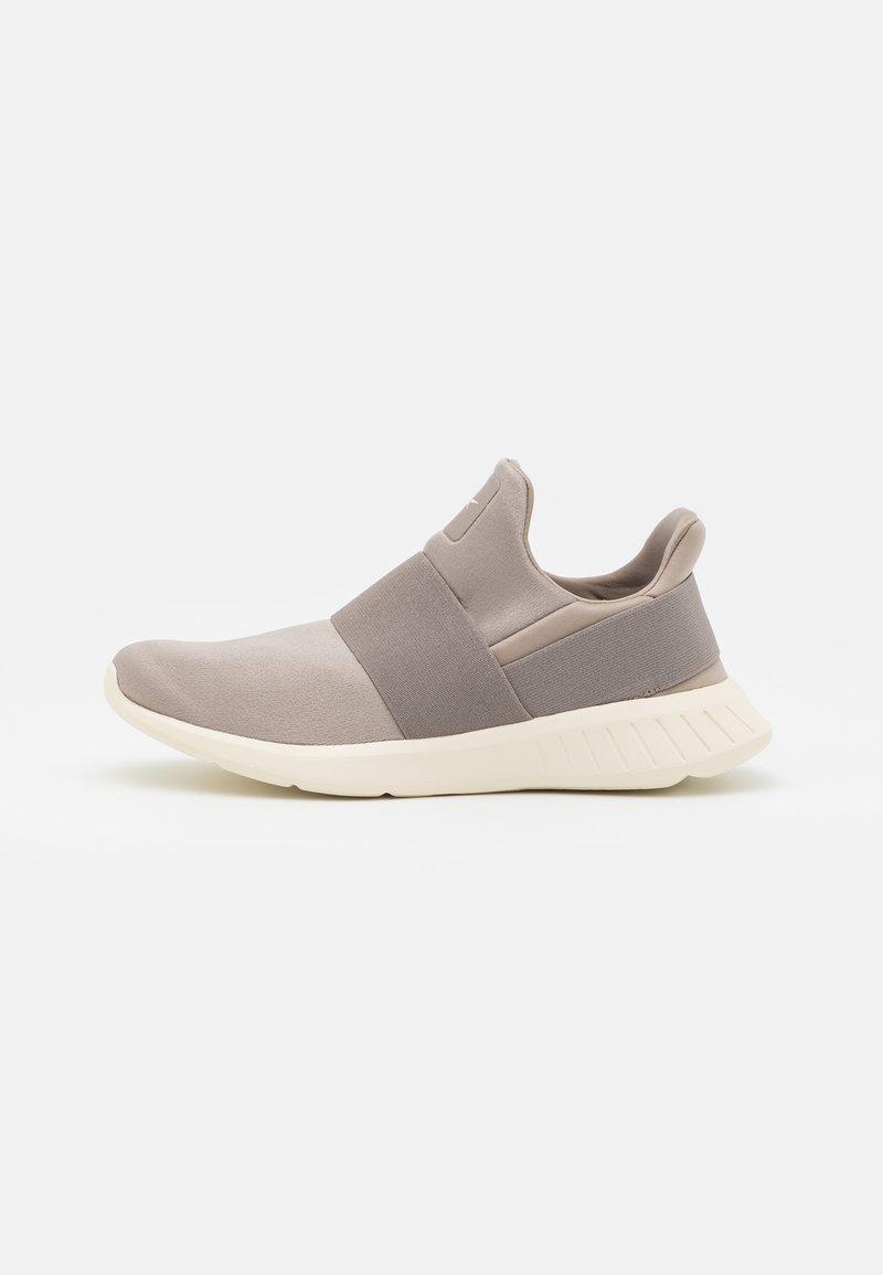 Reebok - LITE SLIP 2.0 - Neutral running shoes - boulder grey/classic white