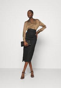 Mossman - THE RUNNING BACK SKIRT - Pencil skirt - black - 1