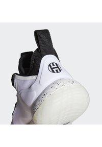 adidas Performance - HARDEN STEP-BACK 2.0 BASKETBALLSCHUH - Basketball shoes - black - 7