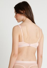 Tommy Hilfiger - ICONS PADDED TRIANGLE BRA - Sujetador sin aros - pink - 2