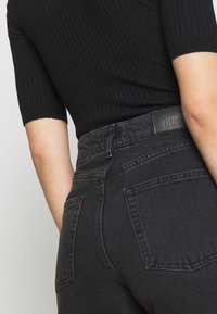 BDG Urban Outfitters - PAX - Jeans Straight Leg - black - 4