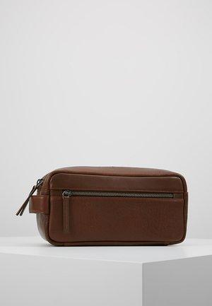 CLEAN ROOM TOLIETRY - Wash bag - brown