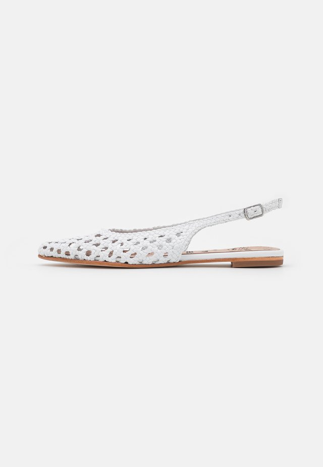 ALEXA 32 - Ballerine - white/natural