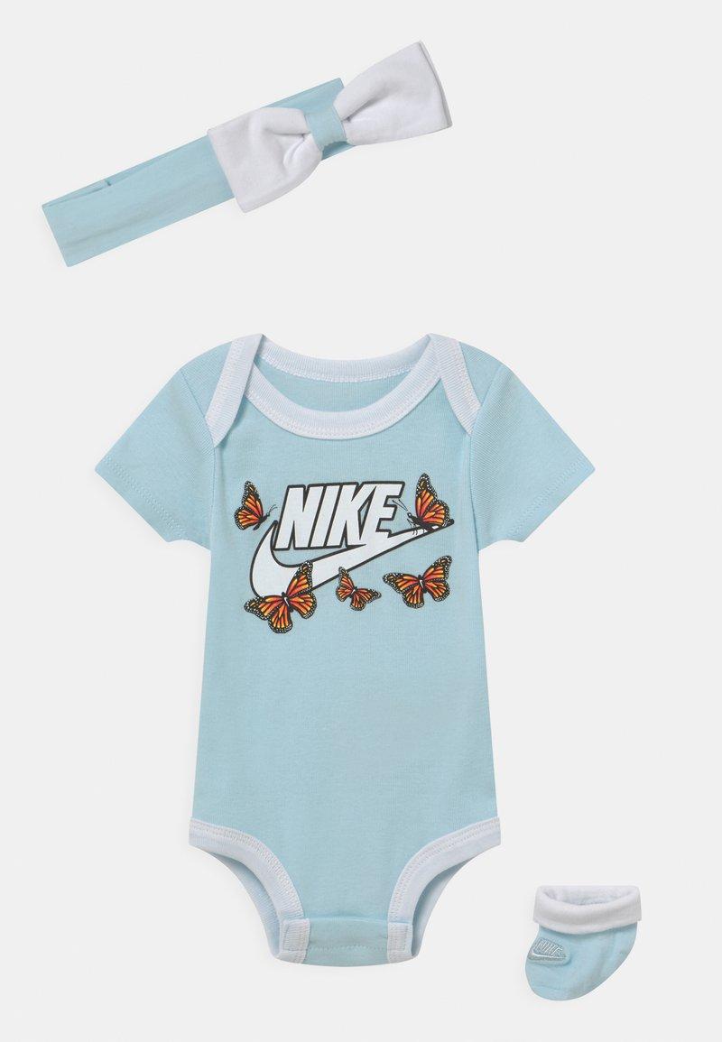 Nike Sportswear - SET  - T-shirt z nadrukiem - glacier blue