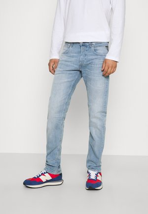 GROVER BIO - Straight leg jeans - light indigo