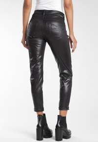 Gang - RELAXED FIT - Trousers - black - 1