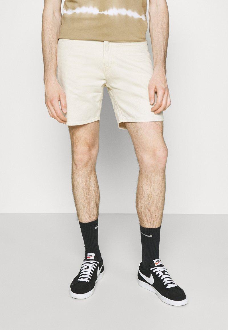 Tiger of Sweden Jeans - JIN - Denim shorts - ecru denim