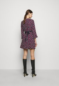MAX&Co. - NARCISO - Vapaa-ajan mekko - burgundy - 2