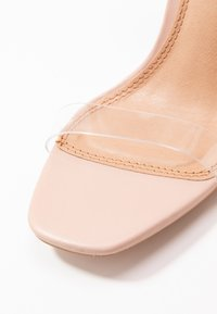 Topshop - SONIA PERSPEX BLOCK - Sandales à talons hauts - nude - 2