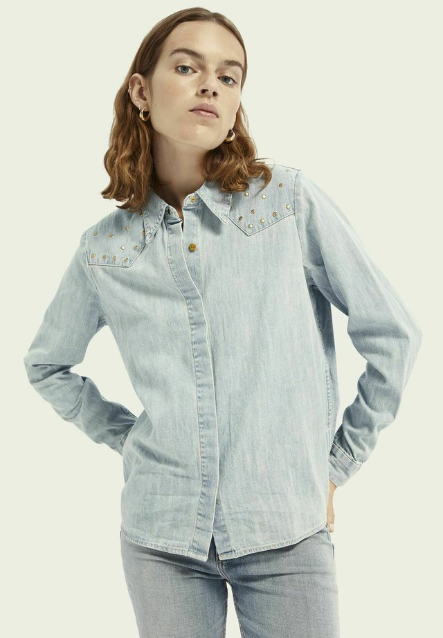 Button-down blouse - washed indigo