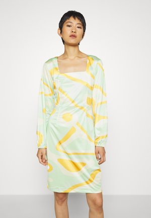 RILEY LONG SLEEVE DRESS - Etuikjoler - green