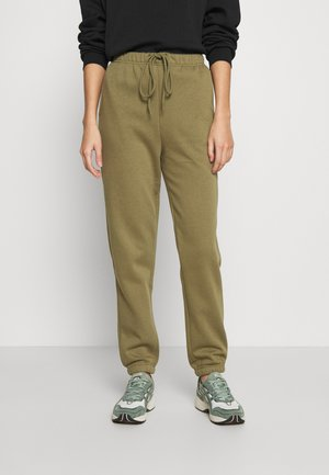 PCCHILLI PANTS - Tracksuit bottoms - martini olive
