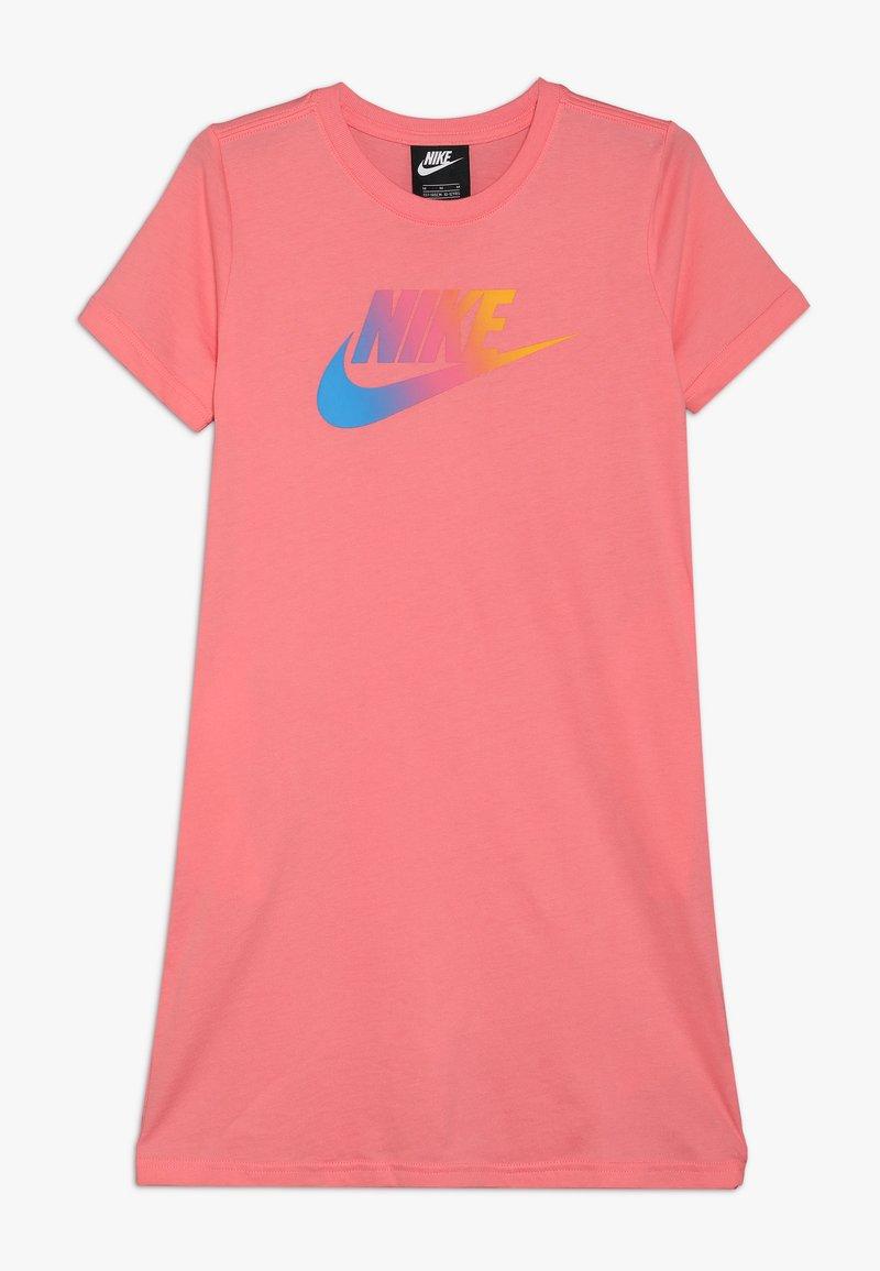 Nike Sportswear - DRESS FUTURA - Vestito di maglina - pink gaze
