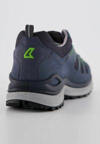 Lowa - INNOX EVO GTX - Hiking shoes - blau - 3