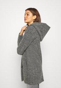 ONLY - ONLZIENA HOODED COAT  - Cappotto classico - black/melange - 3