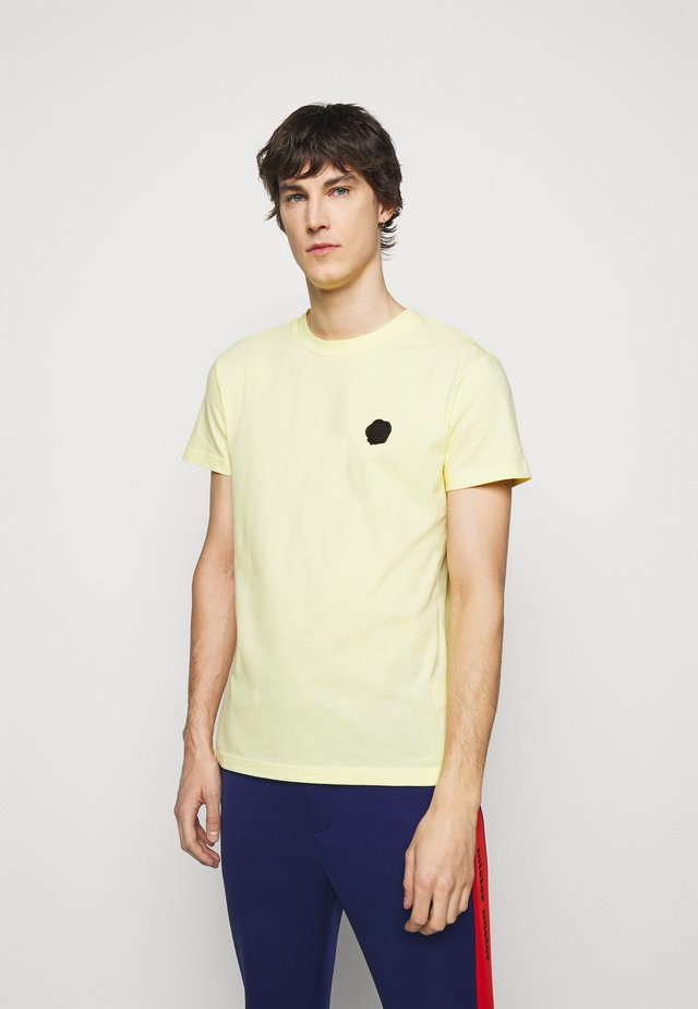 SEAL  - T-shirt print - yellow