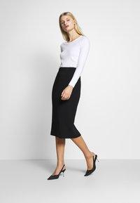 Ted Baker - RAEES - Pencil skirt - black - 1