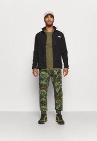 The North Face - MEDIUM - Pantaloni sportivi - olive - 1