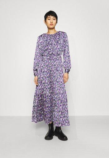 CRUISE DRESS - Denní šaty - purple