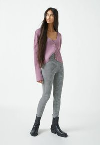 PULL&BEAR - MIT HAHNENTRITTMUSTER - Leggings - Trousers - dark grey - 1