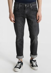 Levi's® - 512 SLIM TAPER FIT - Vaqueros tapered - richmond adv - 0
