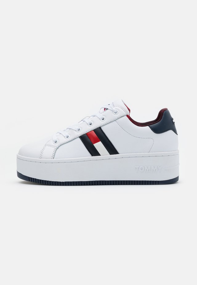 ICONIC FLAG FLATFORM  - Trainers - red/white/blue