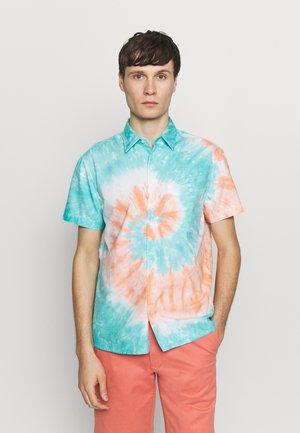 SPIRAL TIE DYE OXFORD - Shirt - blue/orange