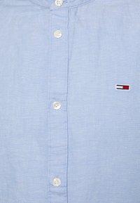 Tommy Jeans - MAO BLEND - Skjorta - blue - 2