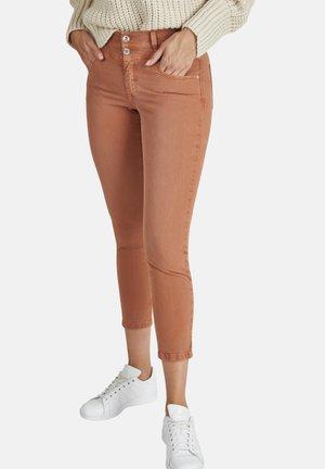 ORNELLA - Slim fit jeans - dunkelbraun