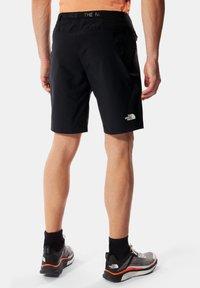 The North Face - M CIRCADIAN SHORT - EU - Sports shorts - tnf black - 1