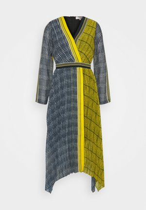ECHAPPEE ROBE - Korte jurk - yellow