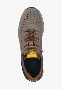 Sansibar Shoes - SANSIBAR SHOES SNEAKER - Sneakersy niskie - mittelgrau 32 - 1