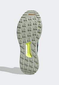 adidas Performance - TERREX FREE HIKER GORE-TEX WANDERSCHUH - Fjellsko - khaki - 4