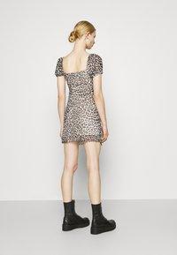 Topshop - NEW MONO LEOPARD MINI DRESS - Shift dress - mono - 2