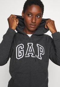 GAP - FASH - Hettejakke - grey - 3