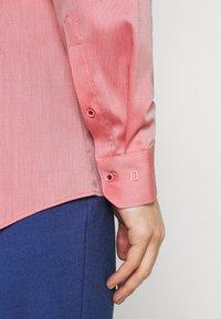 OLYMP No. Six - Formal shirt - rot - 4