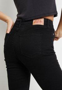 Pepe Jeans - DUA LIPA X PEPE JEANS - Flared Jeans - black - 4