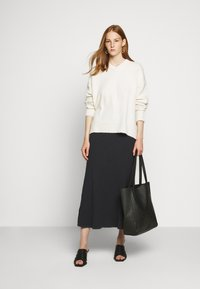 Filippa K - SKIRT - Jupe trapèze - ink blue - 1
